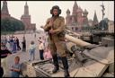 Image of A soldier loyal to the coup leaders stands atop his tank in red Square